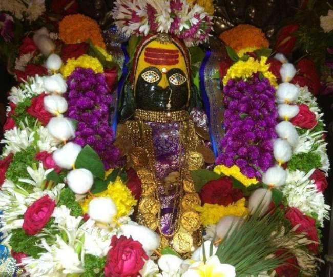 देश के 51 शक्तिपीठों में से एक है विंध्याचल, इस मंदिर आकर करें देवी के सारे विग्रह के दर्शन