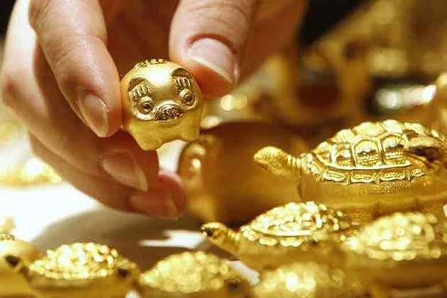 सोना-चांदी खरीदना हुआ सस्ता, जानिए क्या रहे 10 ग्राम गोल्ड के दाम