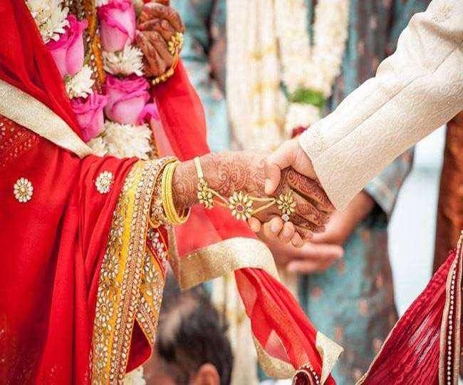 Image result for सरकार ने बेवफा एनआरआइ पतियों पर कसा शिकंजा