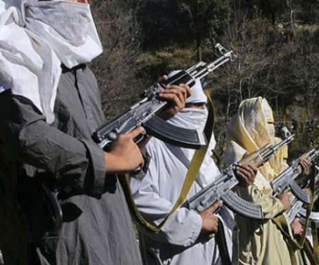 KASHMIR: घाटी को दहलाने पाकिस्तान से नेपाल के रास्ते कश्मीर पहुंचे चार आतंकी