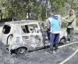 जम्मू-कश्मीर: हथियारबंद लोगों ने कुपवाड़ा निवासी की कार को फूंका