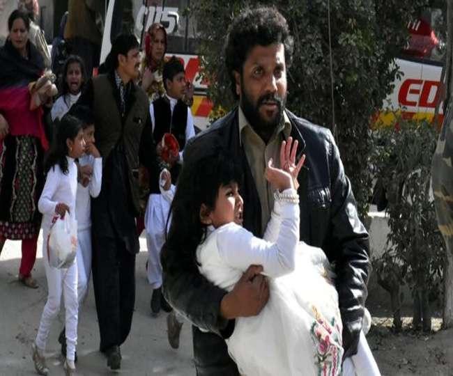 पाकिस्तान में चर्च पर आत्मघाती हमला, 9 लोगों की मौत, 44 घायल