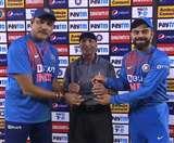 भारतीय क्रिकेट मे बेजोड़ योगदान देने वाले इस शख्स को विराट और शास्त्री ने किया सम्मानित