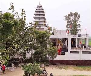 हमलावरों ने मंदिर में पांच पुजारियों की जीभ काटकर रस्सी से बांधा, दो की मौत