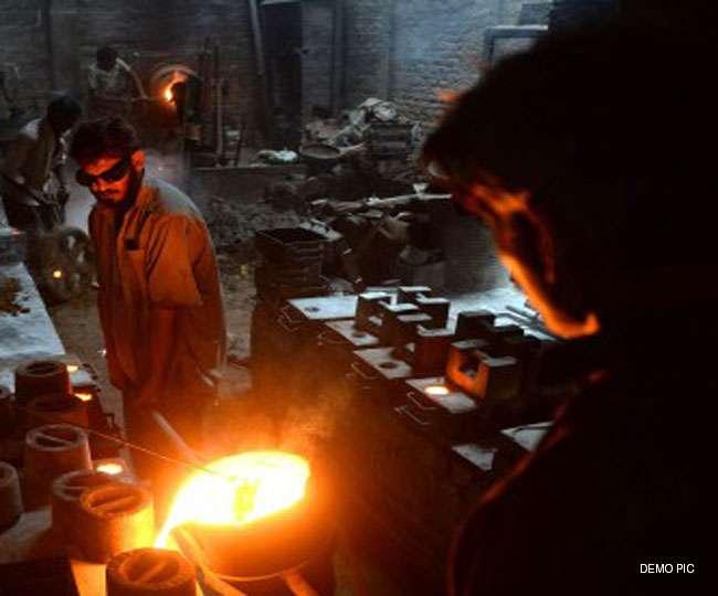 BJP MP की धौंस दिखा मजदूरों को बंधक बनाया, भूखे रख 25 दिन कराया काम