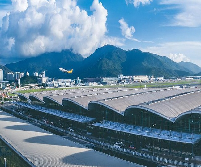 Hong Kong airport authority cancels all flights for Monday