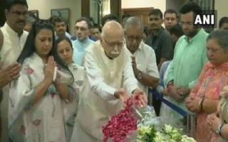 'He was a man with a deeply analytically mind': LK Advani pays tribute to Arun Jaitley