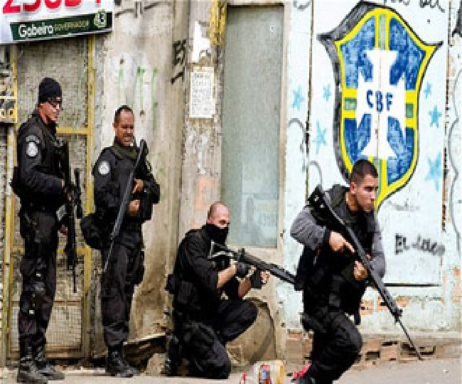 Gunman in Brazil holding 16 bus passengers hostage shot dead by police: Reports