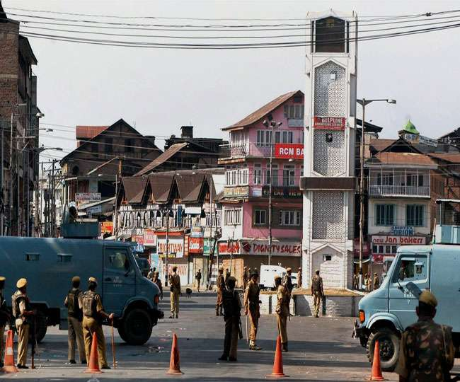 Amid tight security, terror threats, Jammu and Kashmir unfurl tricolour to celebrate 73rd I-Day