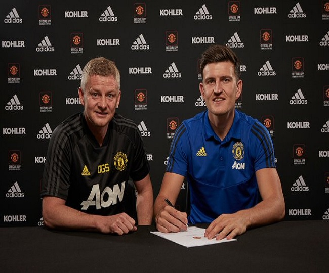 Manchester United pay record fee to sign defender Harry Maguire from Leicester City