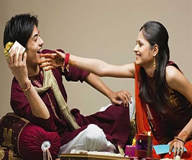 Raksha Bandhan 2019: Here are the best gifts to make your sister feel special