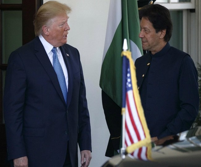 After talks with PM Modi, Trump dials Imran Khan, asks Pakistan to 'moderate rhetoric'