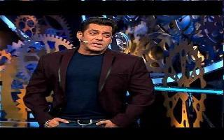 Bigg Boss 13 Promo: Salman scolds Arhaan, calls him stupid, bashes Hindustani Bhau for sleeping all-day in Weekend Ka Vaar