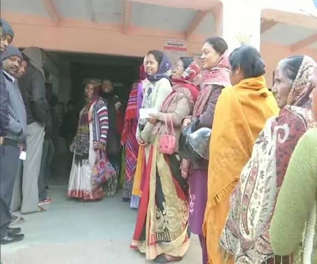 Jharkhand Assembly Elections 2019 | Voting for third phase on 17 constituencies wind up with 62.40 per cent voter turnout