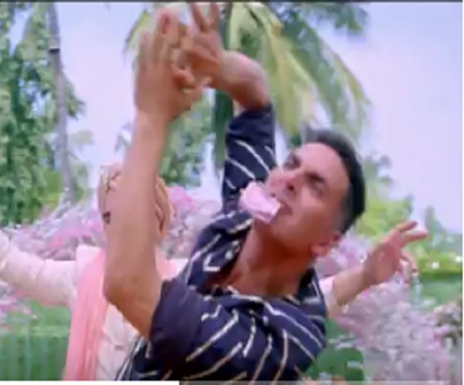 Good Newwz Sauda Khara Khara teaser: Akshay Kumar, Kiara and Diljit bring us new wedding song with 'Nagin' hook step | Watch