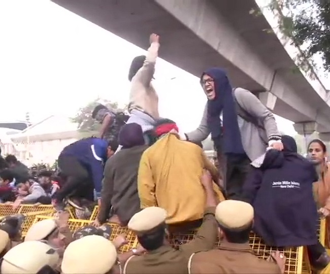 Citizenship Act Protests: Jamia students stage protest in Delhi; Amit Shah cancels his Shillong trip | As it happened