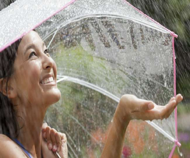 Handy Ayurvedic tips to keep your skin healthy during Monsoon
