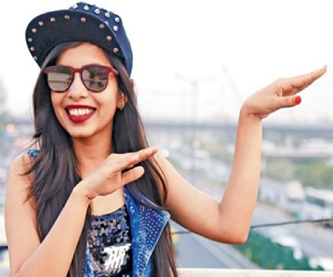 Dhinchak Pooja's new song is cringeworthy to another level, trends on Twitter