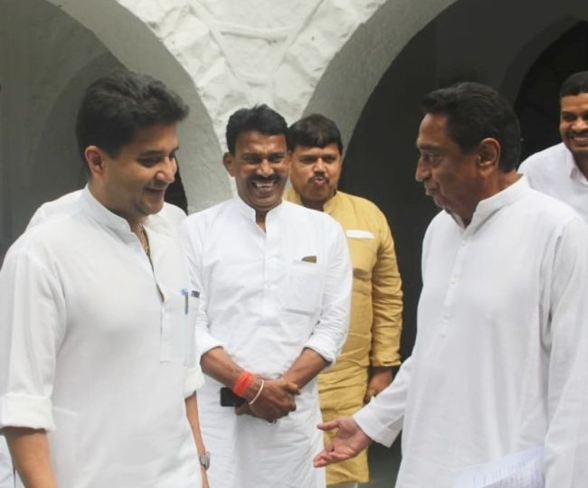 Alarmed by Karnataka and Goa, Congress rushes Scindia to MP to avert another crisis