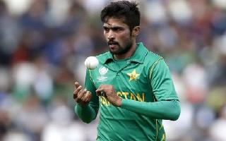 WC 2019   Ind vs Pak: Amir warned twice by umpire for running on pitch