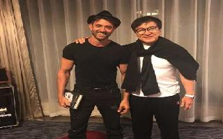 Hrithik thrilled to meet Jackie Chan in China