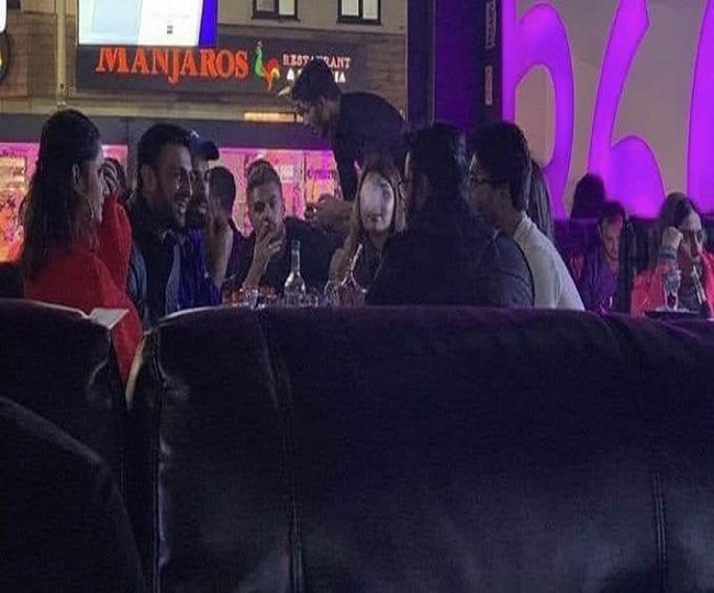 Shoaib Malik, other Pak players blasted on Twitter for partying with Sania Mirza ahead of India match | Watch Video