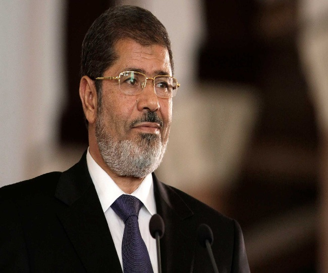 Mohamed Morsi, ousted President of Egypt, dies after fainting during court session