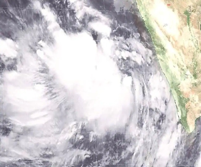 Gujarat on high alert as Cyclone Vayu closes in; NDRF on standby, schools closed