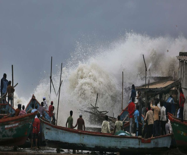 Gujarat braces for 'very severe' Cyclone Vayu; 3 lakh evacuated, trains cancelled