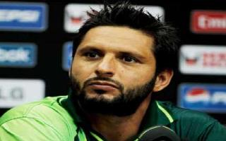 Afridi ruined 'many careers' for his own good, says Imran Farhat