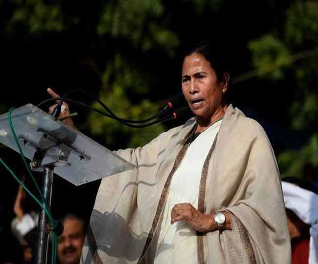 West Bengal: CM Mamata Banerjee thanks opposition leaders for backing her