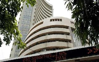 Sensex surges over 1,422 pts; ends at a record 39,352.67