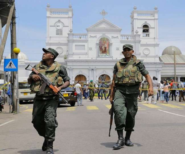 Sri Lanka: Official imposes 'curfew' in western coastal town after communal clashes