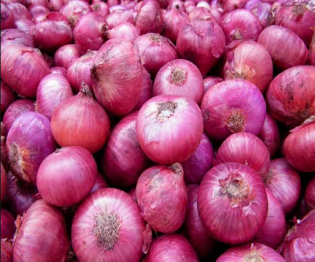 Govt bans stock holding, exports of onions to control price surge | Key Points