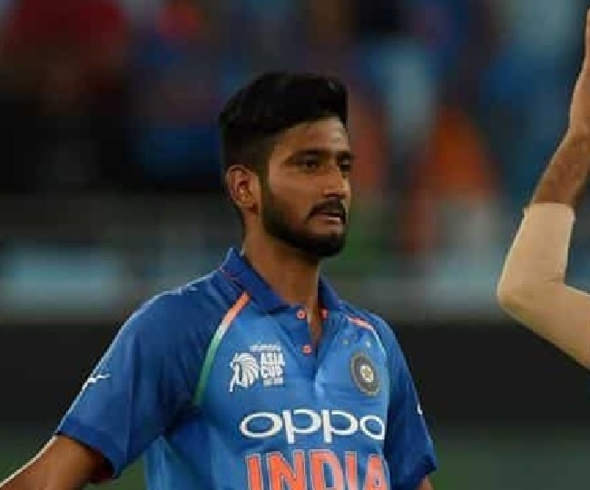India vs Bangladesh, 2nd T20I: 'Khilana Jaruri Hai Kya': Twitter trolls Khaleel Ahmed after poor opening spell