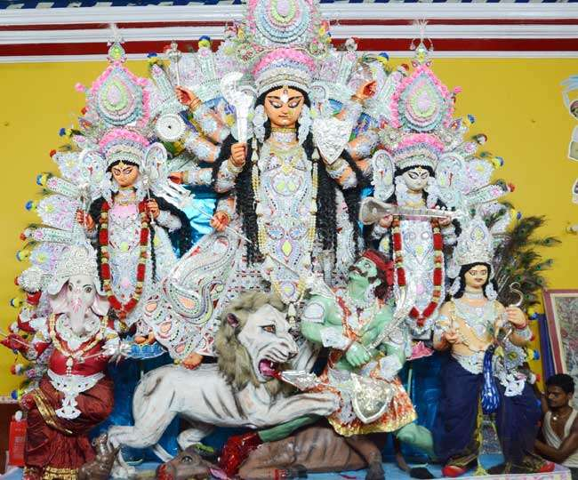 Ashtami 2019: Significance of Pushpanjali puja and how it's performed