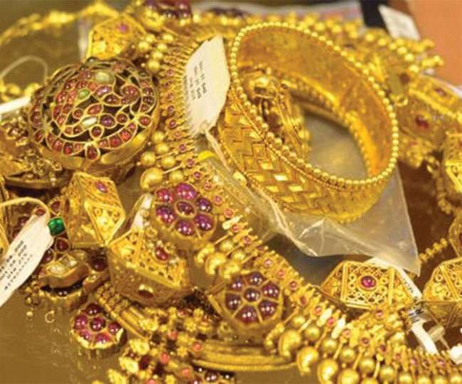 Want to buy gold on Dhanteras? Keep these four key things in mind