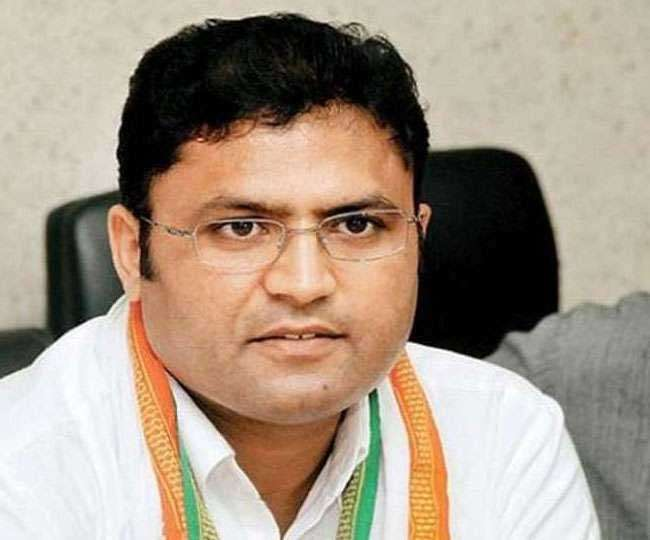 Haryana Polls 2019: Ashok Tanwar resigns from Congress ahead of polls citing 'existential crises' within party
