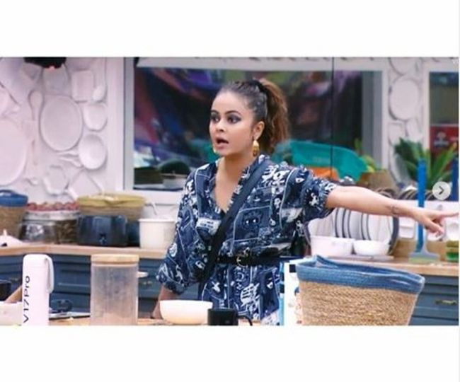 Bigg Boss 13 Day 11 Highlights: Devoleena becomes first 'queen' of the house