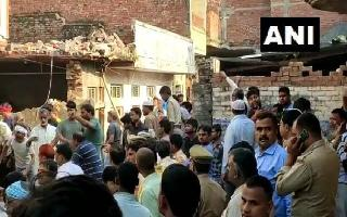 12 killed, 15 injured as two-storey building collapses in UP's Mohammadabad