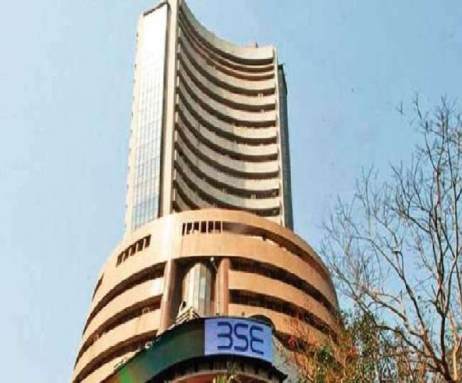 Top Business Highlights October 17: Sensex closes with gains of over 450 points, Gold price plummets 0.2 per cent