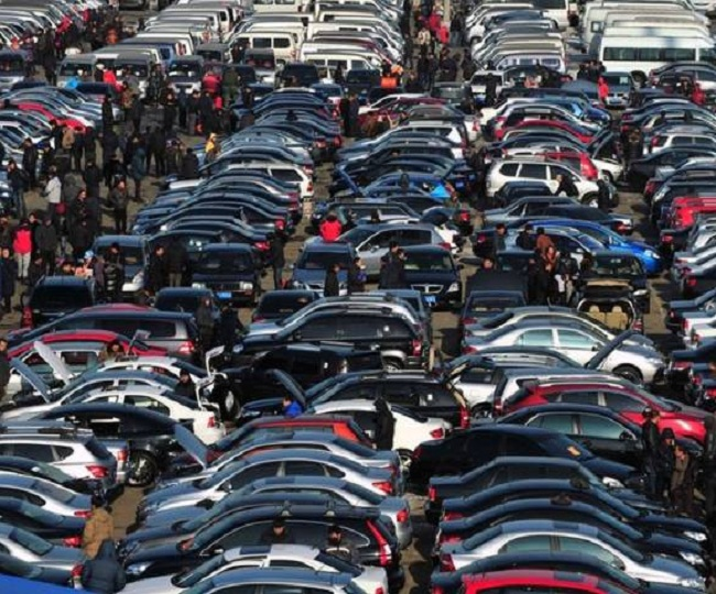 Passenger vehicle sale dips by 24% in September | Why SIAM report is all bad news for auto sector