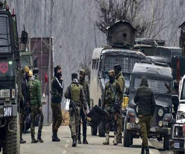 Lashkar terrorist Asif Bhat who attacked fruit trader's family shot dead in Kashmir's Sopore