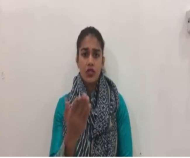 'Threat messages won't work, I am no Zaira Wasim': Babita Phogat as netizens demand her Twitter handle suspended