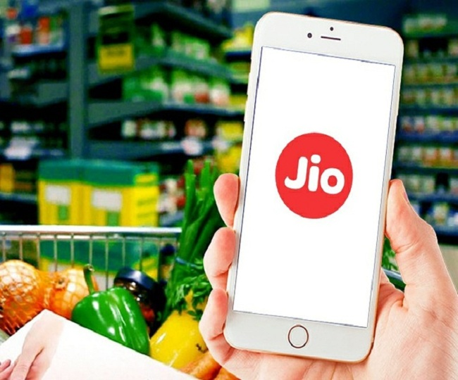 JioMart starts operations in selected areas; know how to order goods on WhatsApp