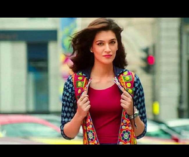 'If I was from a film family, I would not have to reach out to directors': Kriti Sanon on Nepotism