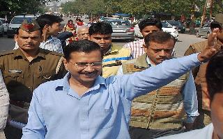 With 50 'special guests', Kejriwal to take oath as Delhi CM for third time today at Ramlila Maidan | 10 Points
