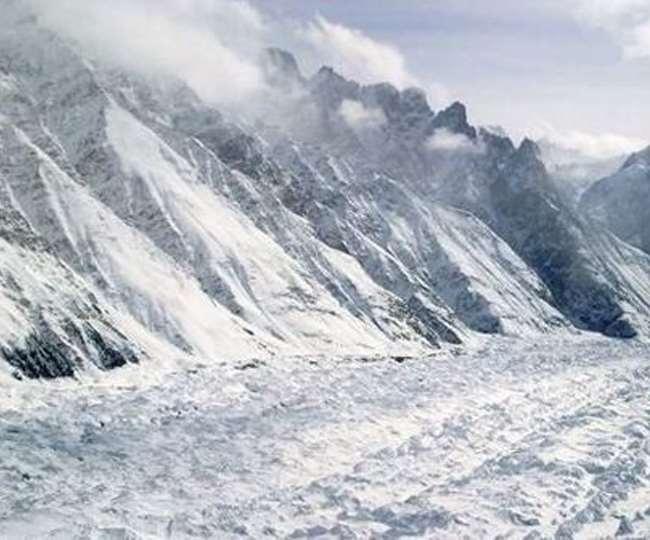 J-K: Three killed, one missing as avalanche hits Army's post at Kupwara's Machil
