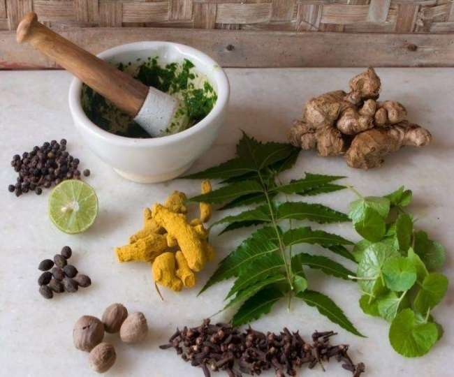 These simple home remedies can beat your monsoon health woes