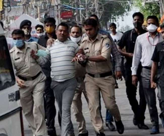 'Scripted arrest, exposing collusion': Congress attacks Yogi govt with video of Vikas Dubey's arrest from Ujjain